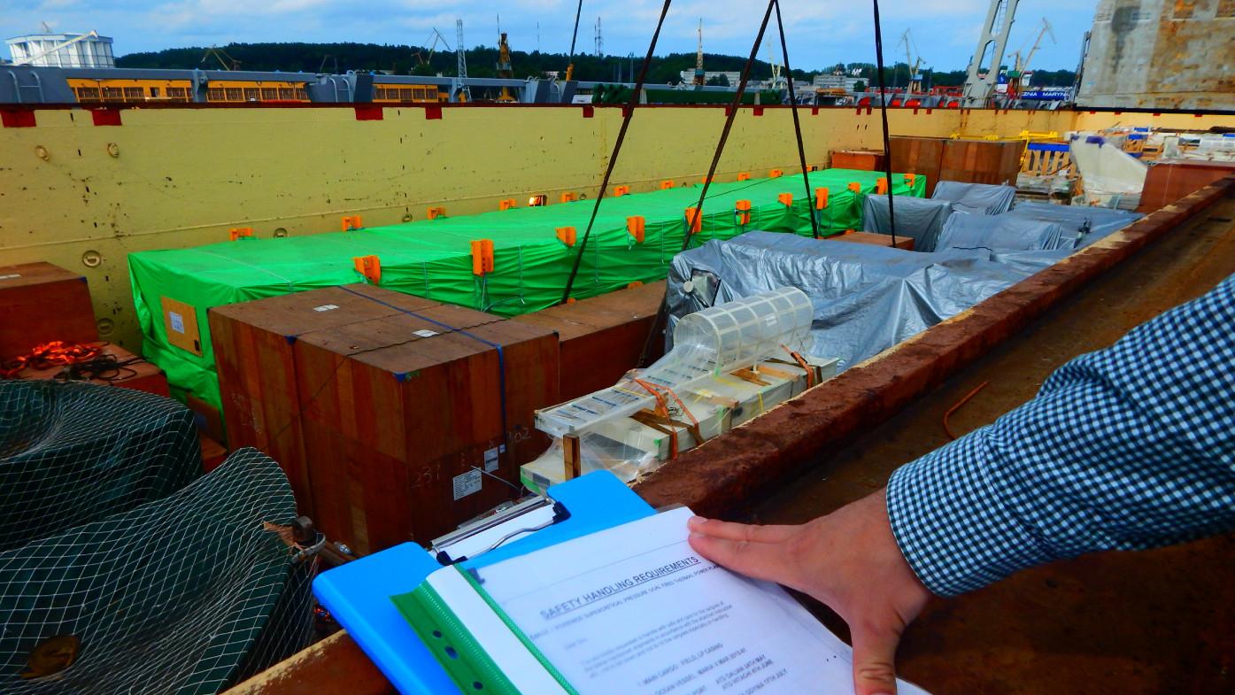 Project logistics - case studies - managing of cargo