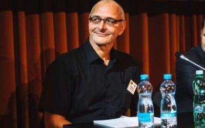 "Rozhovor s CEO ESA Logistika Romanom Pekrtom. ""Srdcem i hlavou logistiky jsou lidé."""