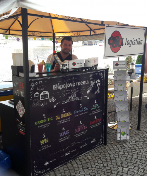 ESA logistika exhibition stand at Retail Business Mixer-barman