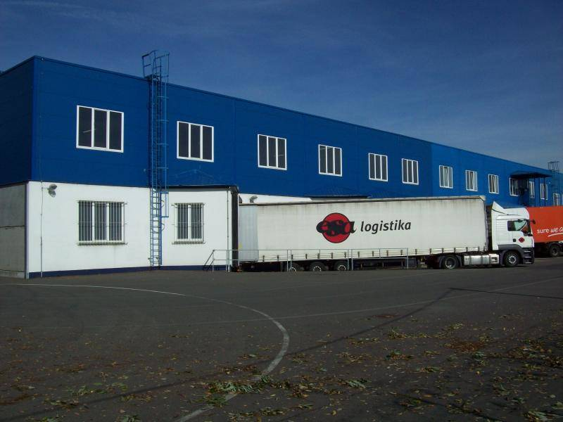 ESA logistika warehouse Ostrava - truck