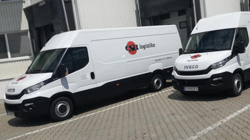 2 IVECO delivery van