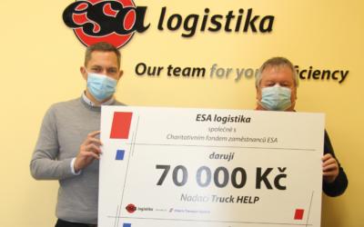 TruckHELP dostal šek na vyšší částku než obvykle.